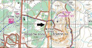 מיקום האתר של רפונטיקון זוחל ממערב להר חרמונית